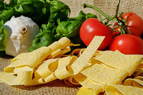 Noodles-Tagliatelle-Pasta-Raw-Food